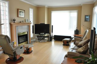 Photo 5: 306 2577 WILLOW STREET in : Fairview VW Condo for sale (Vancouver West)  : MLS®# V990400