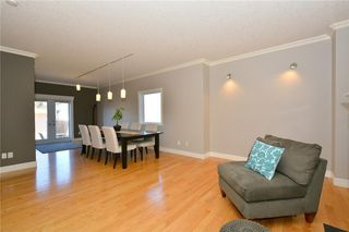 Photo 5: 4531 20 AV NW in Calgary: Montgomery House for sale : MLS®# C4108854
