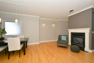 Photo 6: 4531 20 AV NW in Calgary: Montgomery House for sale : MLS®# C4108854