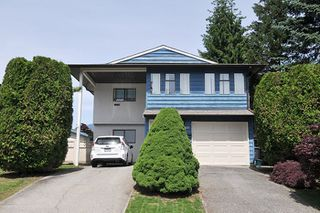 Photo 1: 3177 SECHELT Drive in Coquitlam: New Horizons House for sale : MLS®# R2174898
