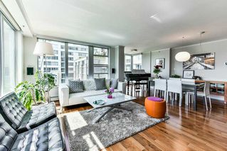 "Photo 4: 603 1228 MARINASIDE Crescent in Vancouver: Yaletown Condo for sale in ""Crestmark II"" (Vancouver West)  : MLS®# R2175339"