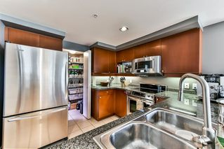 "Photo 7: 603 1228 MARINASIDE Crescent in Vancouver: Yaletown Condo for sale in ""Crestmark II"" (Vancouver West)  : MLS®# R2175339"