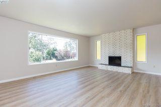 Photo 4: 3977 Saanich Road in VICTORIA: SE Swan Lake Strata Duplex Unit for sale (Saanich East)  : MLS®# 380058