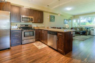 Photo 2: 116 938 Dunford Ave in VICTORIA: La Langford Proper Condo for sale (Langford)  : MLS®# 765470