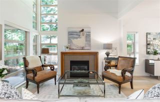 Photo 1: 22 3750 EDGEMONT BOULEVARD in North Vancouver: Edgemont Townhouse for sale : MLS®# R2185047