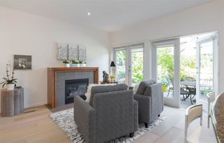 Photo 6: 22 3750 EDGEMONT BOULEVARD in North Vancouver: Edgemont Townhouse for sale : MLS®# R2185047