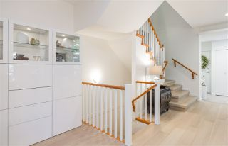 Photo 8: 22 3750 EDGEMONT BOULEVARD in North Vancouver: Edgemont Townhouse for sale : MLS®# R2185047
