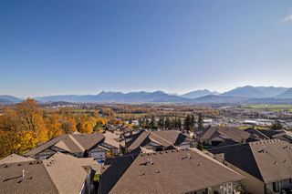 "Photo 2: 125 8590 SUNRISE Drive in Chilliwack: Chilliwack Mountain Townhouse for sale in ""MAPLE HILLS"" : MLS®# R2219906"