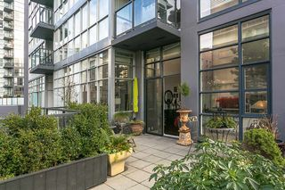 "Photo 2: 403 1199 SEYMOUR Street in Vancouver: Downtown VW Condo for sale in ""BRAVA"" (Vancouver West)  : MLS®# R2231945"