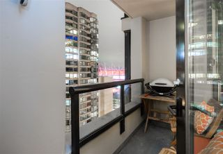 "Photo 14: 1901 909 MAINLAND Street in Vancouver: Yaletown Condo for sale in ""YALETOWN PARK II"" (Vancouver West)  : MLS®# R2239205"