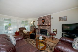 Photo 3: 31405 Springhill Court in Abbotsford: Abbotsford West House for sale : MLS®# R2257707