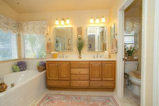Photo 11: SOUTH ESCONDIDO House for sale : 5 bedrooms : 3659 Camino Marglesa in Escondido