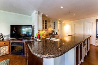 "Photo 5: 13 2150 MARINE Drive in West Vancouver: Dundarave Condo for sale in ""LINCOLN GARDENS"" : MLS®# R2289242"