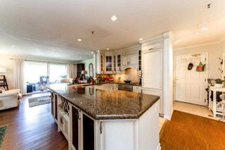 "Photo 8: 13 2150 MARINE Drive in West Vancouver: Dundarave Condo for sale in ""LINCOLN GARDENS"" : MLS®# R2289242"