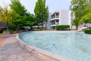 "Photo 16: 207 8460 JELLICOE Street in Vancouver: Fraserview VE Condo for sale in ""Boardwalk"" (Vancouver East)  : MLS®# R2297100"