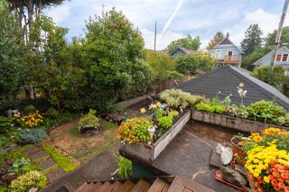 """Photo 19: 2062 KITCHENER Street in Vancouver: Grandview VE House for sale in """"COMMERCIAL DRIVE"""" (Vancouver East)  : MLS®# R2301971"""