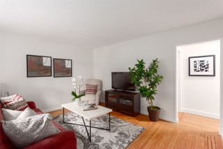 """Photo 4: 2062 KITCHENER Street in Vancouver: Grandview VE House for sale in """"COMMERCIAL DRIVE"""" (Vancouver East)  : MLS®# R2301971"""