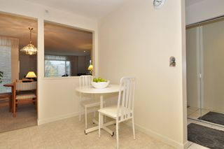 Photo 10: 216 19122 122 Avenue in Pitt Meadows: Central Meadows Condo for sale : MLS®# R2302440