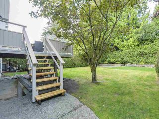 """Photo 18: 916 MERRITT Street in Coquitlam: Harbour Chines House for sale in """"HARBOUR CHINES"""" : MLS®# R2305133"""