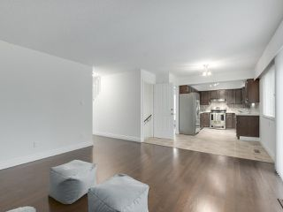 """Photo 9: 916 MERRITT Street in Coquitlam: Harbour Chines House for sale in """"HARBOUR CHINES"""" : MLS®# R2305133"""