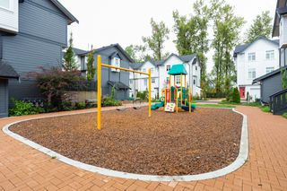 "Photo 35: 33 7665 209 Street in Langley: Willoughby Heights Townhouse for sale in ""ARCHSTONE YORKSON"" : MLS®# R2307315"