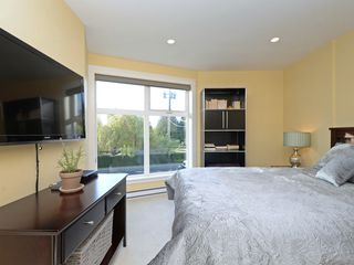 Photo 14: 201 1494 Fairfield Road in VICTORIA: Vi Fairfield West Condo Apartment for sale (Victoria)  : MLS®# 400437