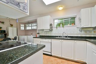 """Photo 10: 14 11950 LAITY Street in Maple Ridge: West Central Townhouse for sale in """"THE MAPLES"""" : MLS®# R2315847"""