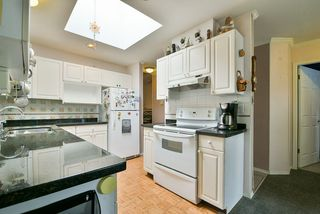 """Photo 12: 14 11950 LAITY Street in Maple Ridge: West Central Townhouse for sale in """"THE MAPLES"""" : MLS®# R2315847"""