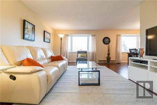 Photo 2: 88 Blackwater Bay in Winnipeg: River Park South Residential for sale (2F)  : MLS®# 1829586