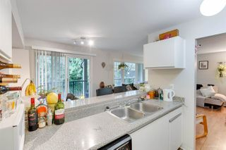 Photo 4: 208 1060 E BROADWAY Street in Vancouver: Mount Pleasant VE Condo for sale (Vancouver East)  : MLS®# R2334527