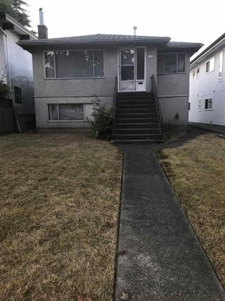 Photo 14: 4405 VENABLES Street in Burnaby: Willingdon Heights House for sale (Burnaby North)  : MLS®# R2339470