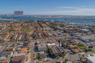 Main Photo: POINT LOMA Townhome for sale : 2 bedrooms : 3042 Macaulay St. in San Diego