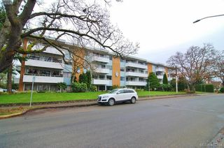 Photo 1: 310 2100 Granite Street in VICTORIA: OB South Oak Bay Condo Apartment for sale (Oak Bay)  : MLS®# 405894