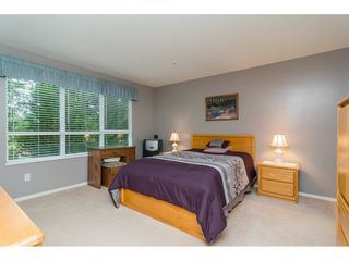"Photo 11: 322 13880 70 Avenue in Surrey: East Newton Condo for sale in ""Chelsea Gardens"" : MLS®# R2348345"