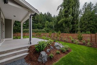 """Photo 20: 1 1885 COLUMBIA VALLEY Road: Lindell Beach House for sale in """"Aquadel Crossing"""" (Cultus Lake)  : MLS®# R2351712"""