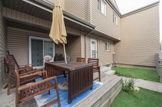 Photo 5: 1724 LAKEWOOD Road in Edmonton: Zone 29 Townhouse for sale : MLS®# E4151022