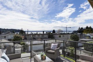 Main Photo: 1228 DUCHESS Avenue in West Vancouver: Ambleside House for sale : MLS®# R2359643