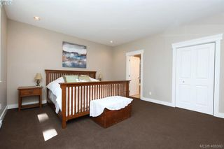 Photo 15: 393 Pelican Drive in VICTORIA: Co Royal Bay Single Family Detached for sale (Colwood)  : MLS®# 408560