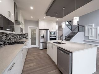 Photo 9: 3702 CLAXTON Place in Edmonton: Zone 55 House for sale : MLS®# E4154328