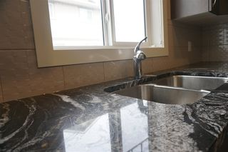 Photo 3: 57 12815 Cumberland Road in Edmonton: Zone 27 Townhouse for sale : MLS®# E4154744