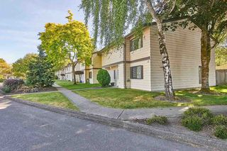 "Photo 19: 2 4800 TRIMARAN Drive in Richmond: Steveston South Townhouse for sale in ""BIRCHWOOD ESTATES"" : MLS®# R2380786"
