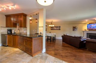 """Photo 7: 305 15150 29A Avenue in Surrey: King George Corridor Condo for sale in """"THE SANDS II"""" (South Surrey White Rock)  : MLS®# R2382604"""