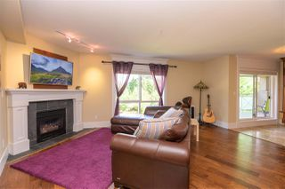 """Photo 10: 305 15150 29A Avenue in Surrey: King George Corridor Condo for sale in """"THE SANDS II"""" (South Surrey White Rock)  : MLS®# R2382604"""