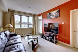 Photo 11: 320 26 VAL GARDENA View SW in Calgary: Springbank Hill Apartment for sale : MLS®# C4266820
