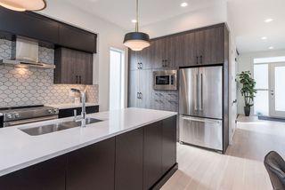 Photo 3: 9245 86 Street in Edmonton: Zone 18 House for sale : MLS®# E4176051