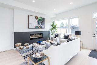 Photo 11: 9245 86 Street in Edmonton: Zone 18 House for sale : MLS®# E4176051