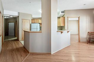 Photo 6: 1120 151 COUNTRY VILLAGE Road NE in Calgary: Country Hills Village Apartment for sale : MLS®# C4278239