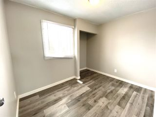 Photo 7: 1032 LAKEWOOD Road N in Edmonton: Zone 29 Townhouse for sale : MLS®# E4188450