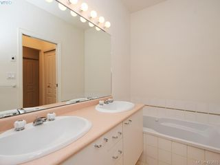 Photo 14: 12 1063 Valewood Trail in VICTORIA: SE Broadmead Row/Townhouse for sale (Saanich East)  : MLS®# 837183