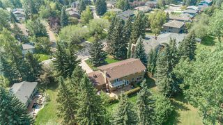 Photo 3: 775 WILLAMETTE Drive SE in Calgary: Willow Park Detached for sale : MLS®# C4297382